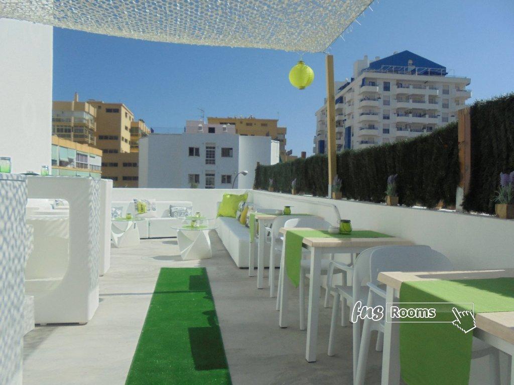 964-1527773270_terrace-3.jpg