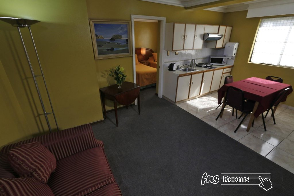 12 - Aparthotel Principado